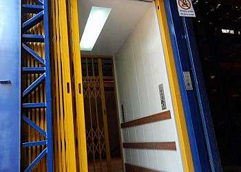 Distribuidor de elevadores monta carga