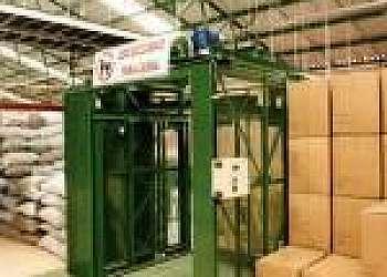 Conservação de elevadores de cargas industriais