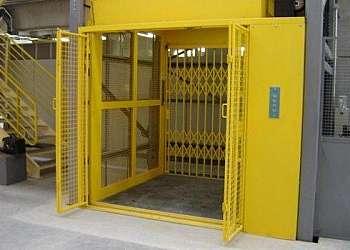 Elevador monta carga hidraulico