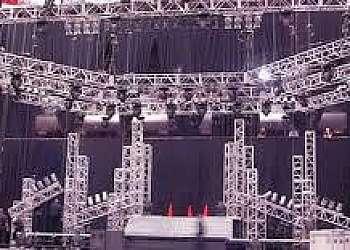 Estrutura de alumínio para palco