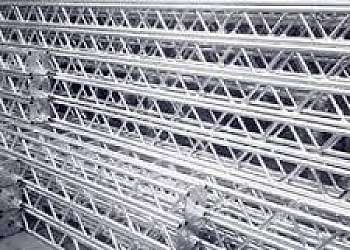 Treliças de alumínio q30 preço