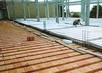 Treliça box truss q25